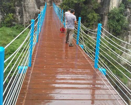 龙翔山亲水桥案例