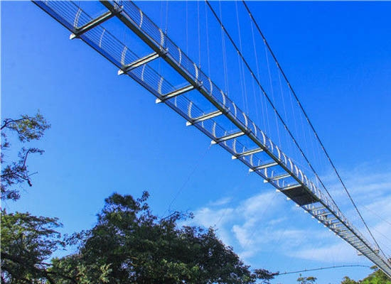 现在的景区怎么能少得了玻璃吊桥安装施工