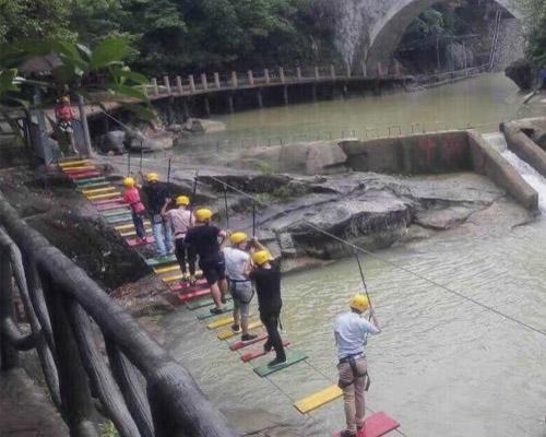 广西景区水上趣桥