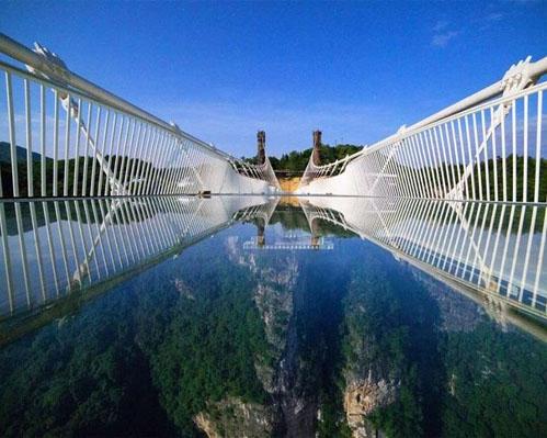 空中玻璃桥